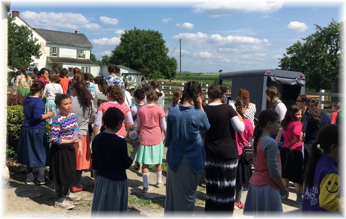 Tour of Amish home 7/20/16