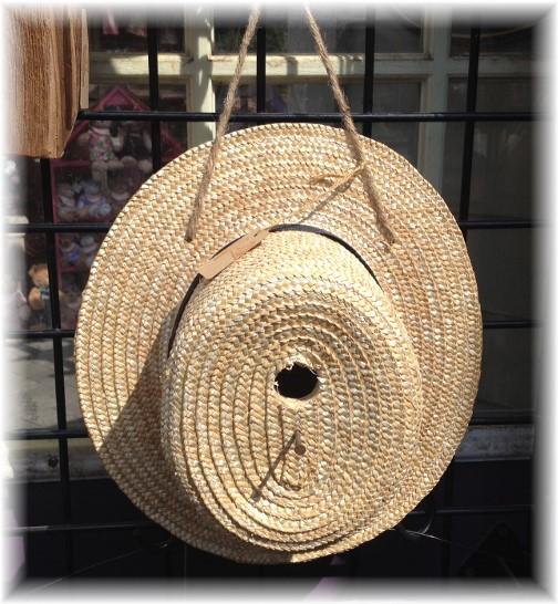 Amish straw hat birdhouse