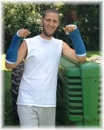 Bob lifting broken wrists 8/8/15