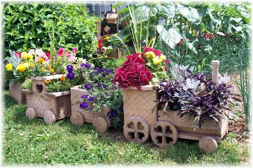 Train planter