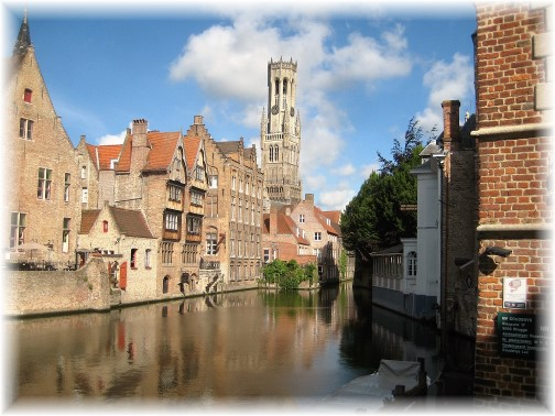 Brugge Belgium canal (photo by Dresselhaus)