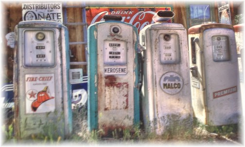Rt 66 gas pumps at museum in Springfield MO