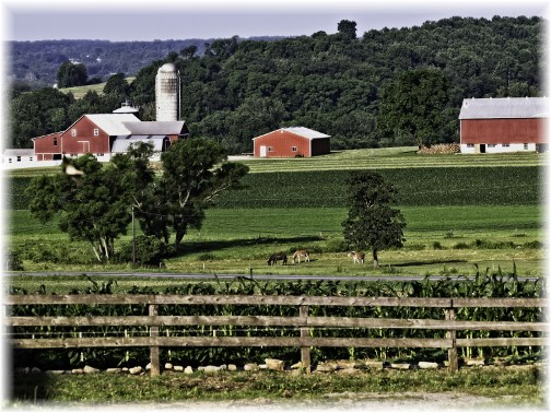 Lancaster County farm scene (Photo by Frank G. Heron)