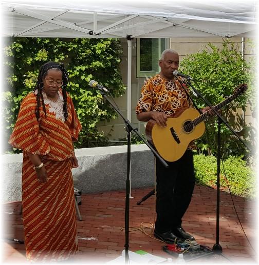 Kim & Reggie Harris in New Bedford, MA 6/18/16