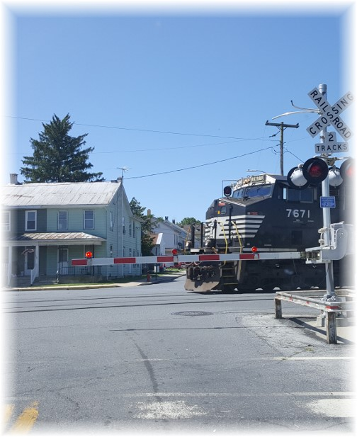 Train in Richland, PA 7/9/17