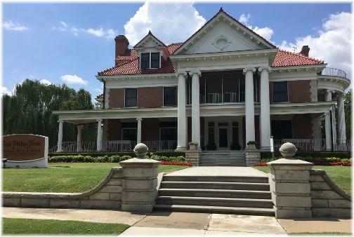 Home of Frank Phillips, founder of Phillips 66 Oil, Bartlesville, OK 8/2/17