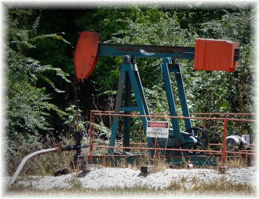 Oil well near Brooksyne's home 8/3/17