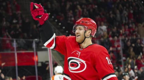 Carolina Hurricanes D Dougie Hamilton out after breaking leg against Columbus