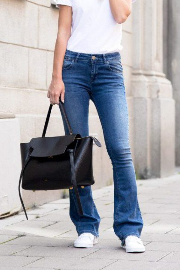 6 Most Popular Shoes To Wear With Jeans - Daily Fashion Muse