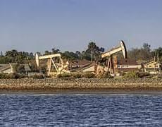 Oil Slides on U.S. Stockpile Numbers