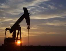 Oil Prices Head Higher on Continued Mid East Tensions