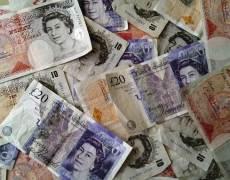 Pound Higher after SC Decides Against PM