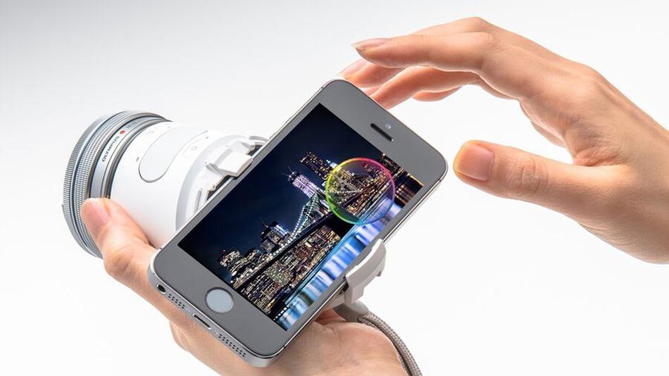 Olympus Air เปลี่ยนมือถือเป็นกล้อง Mirrorless