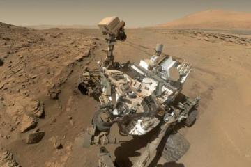 Curiosity Rover's Selfie on Mars