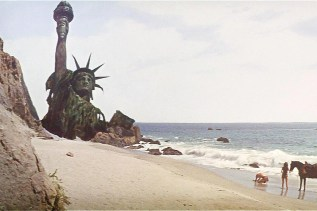Statue of Liberty scene in Planet of the Apes