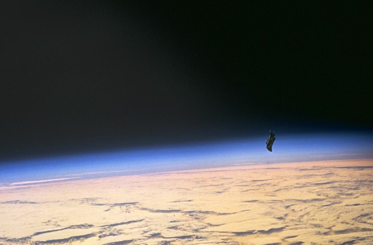 Photo taken on STS-88 mission allegedly showing the Black Knight satellite