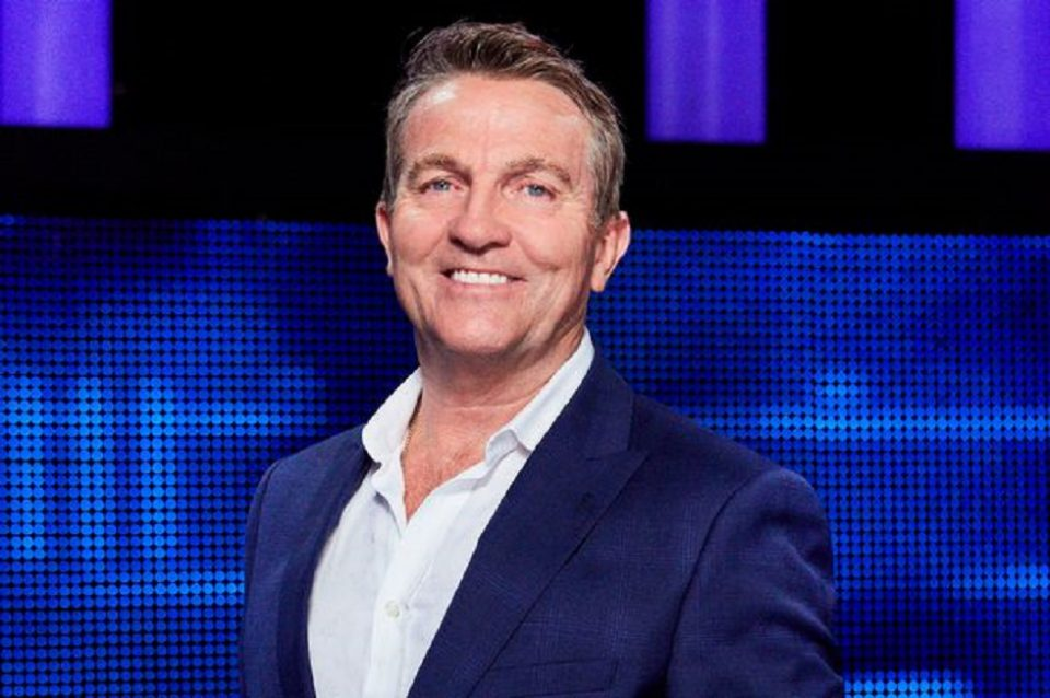 Meet the chase presenter turned new doctor who star. 20 Binge-Worthy Bradley Walsh Facts To Check Out - DailyHawker