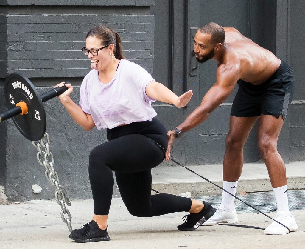 Ashley Graham Weight Loss Workout and Body Positivity - Daily Hawker