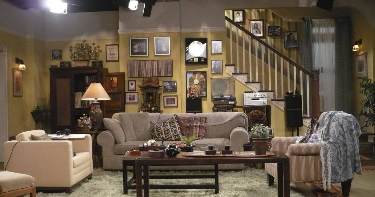 Set decorators use decor to flesh out characters