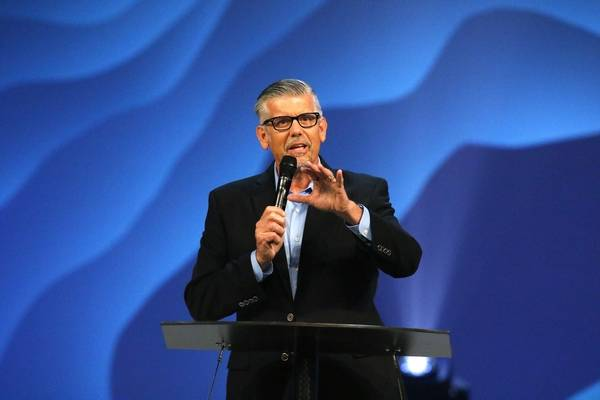 No path for him to return Hybels allegations hang over Willow Creek leadership summit