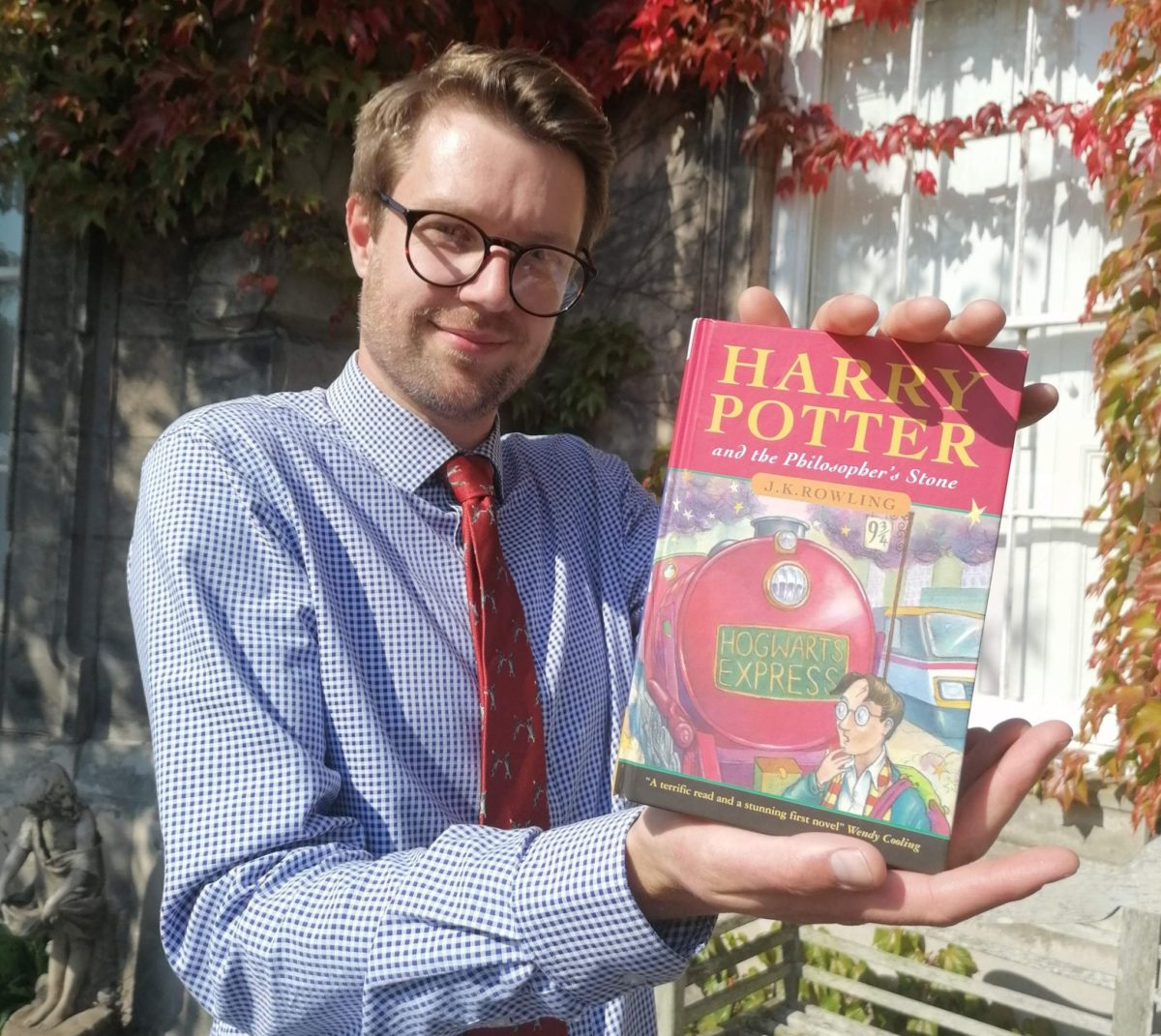 Dad Shocked to Find Harry Potter 1st Edition Worth Thousands on His Book Shelf