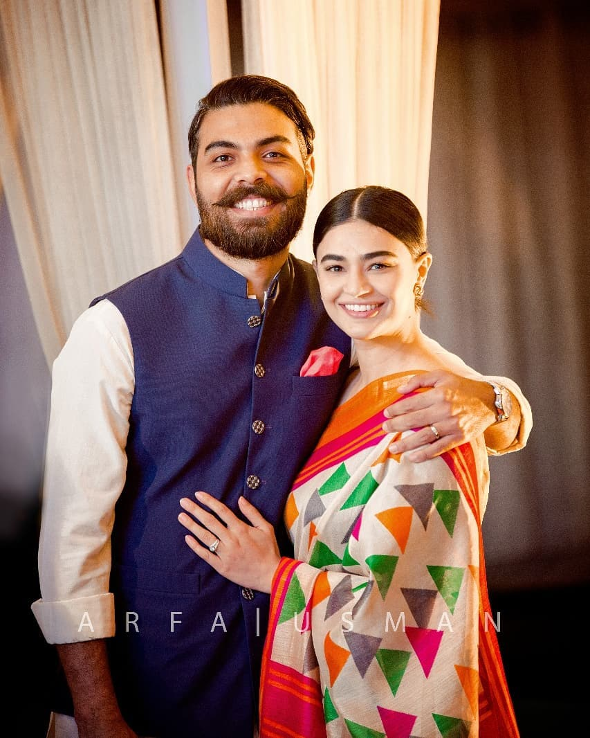 Awesome Photos of Actress Saheefa Jabbar Khattak with her Husband at a Wedding Event
