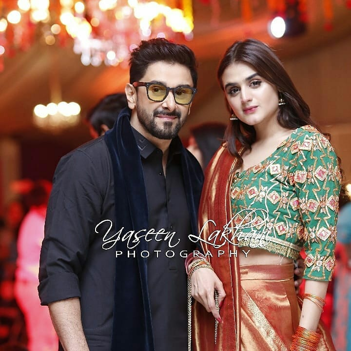 New Photos of Hira and Mani with their Kids at a Wedding Event