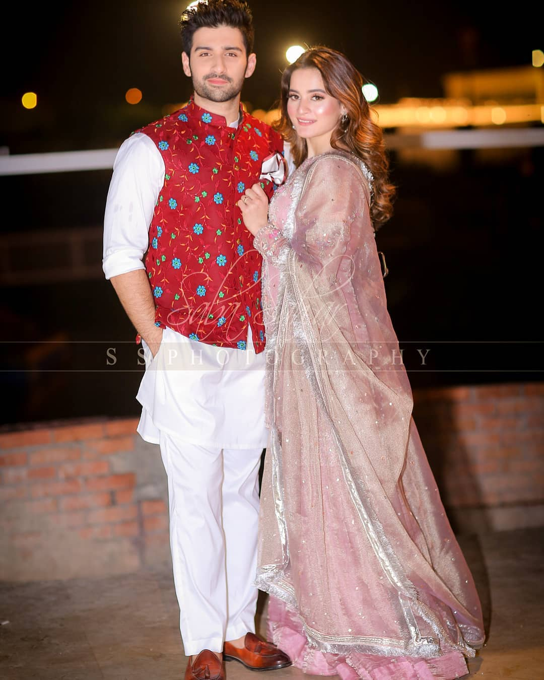 Awesome Wedding Photos of Raza Moosavee and Ramsha Kohati