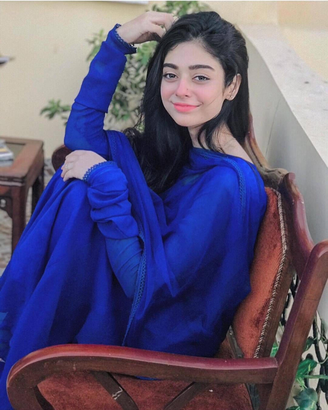 Awesome Photos of Noor Khan with Alizeh Shah
