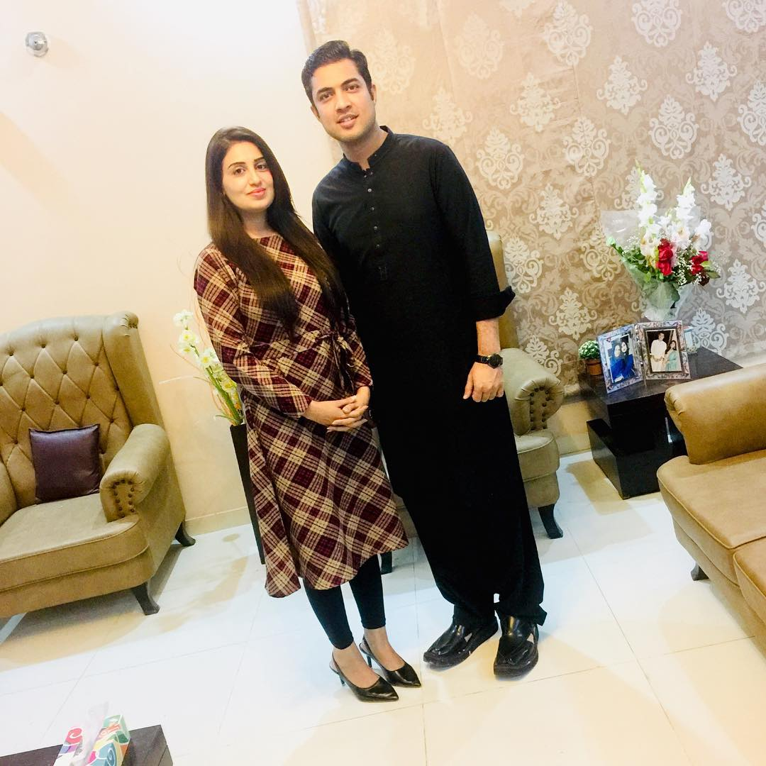 Awesome Photos of Iqrar ul Hassan with his Second Wife Farah