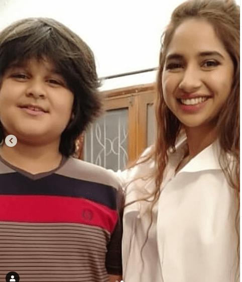 Iqra Aziz and Farhan Saeed on the Set of Drama Suno Chanda 2