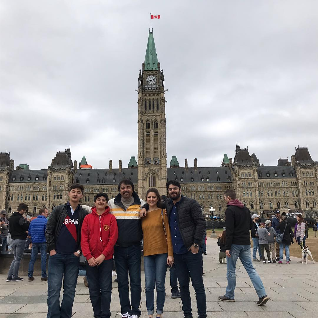 Awesome Photos of Nauman Ijaz with his Wife and Sons in Canada