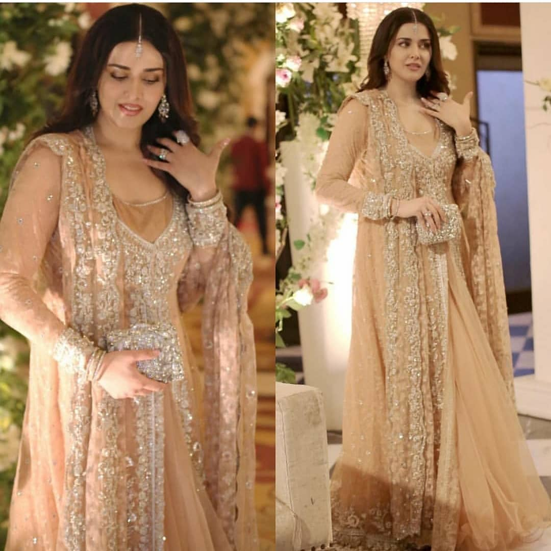 Awesome Daughter and Grand Daughter of Noor Jahan at Wedding Event