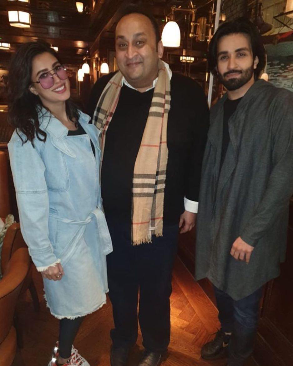 New Photos of Mehwish Hayat with Azfar Rehman in London