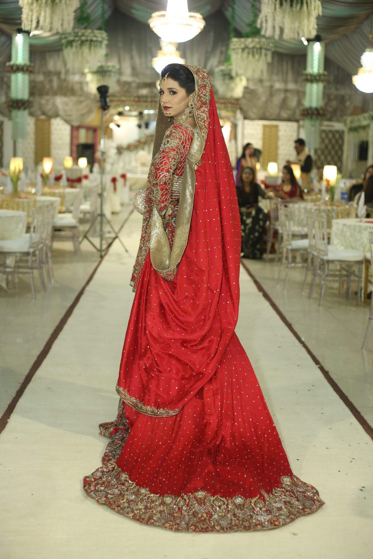 Imran Ashraf Shared his Awesome Wedding Photos on his Anniversary