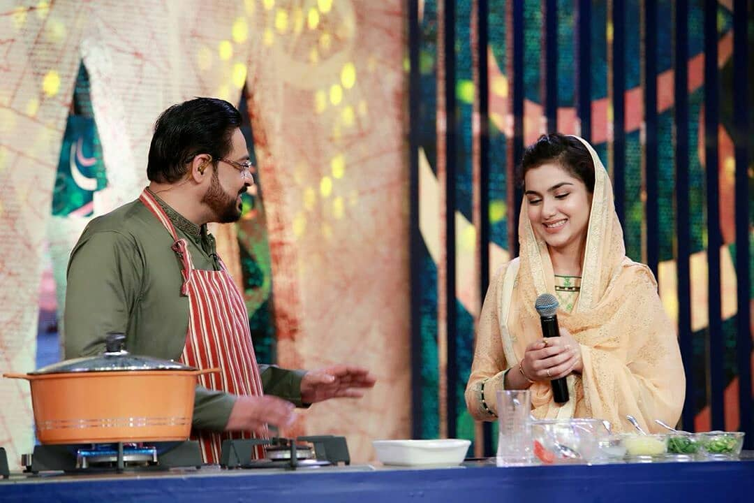 Amir Liaquat with his Wife Tuba in Ptv Ramzan Transmission