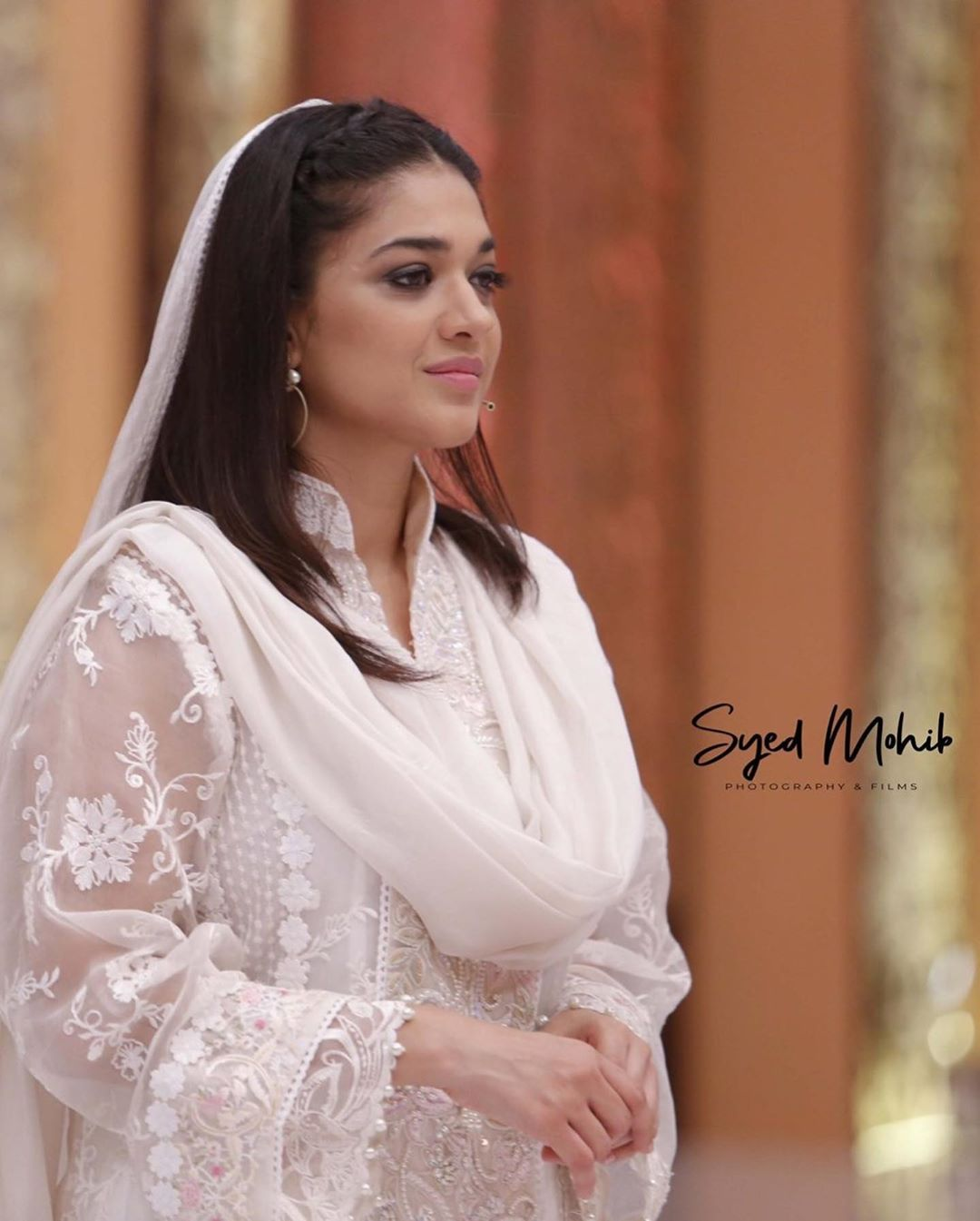 Awesome Sanam Jung with Javeria Saud in Express Tv Ramzan Transmission
