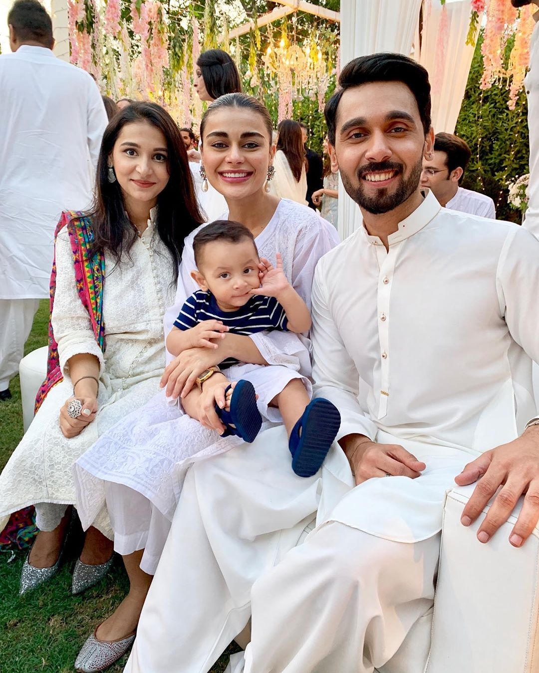 Awesome Photos of Anchor Abdullah Sultan with his Wife and Son at Iftar Dinner