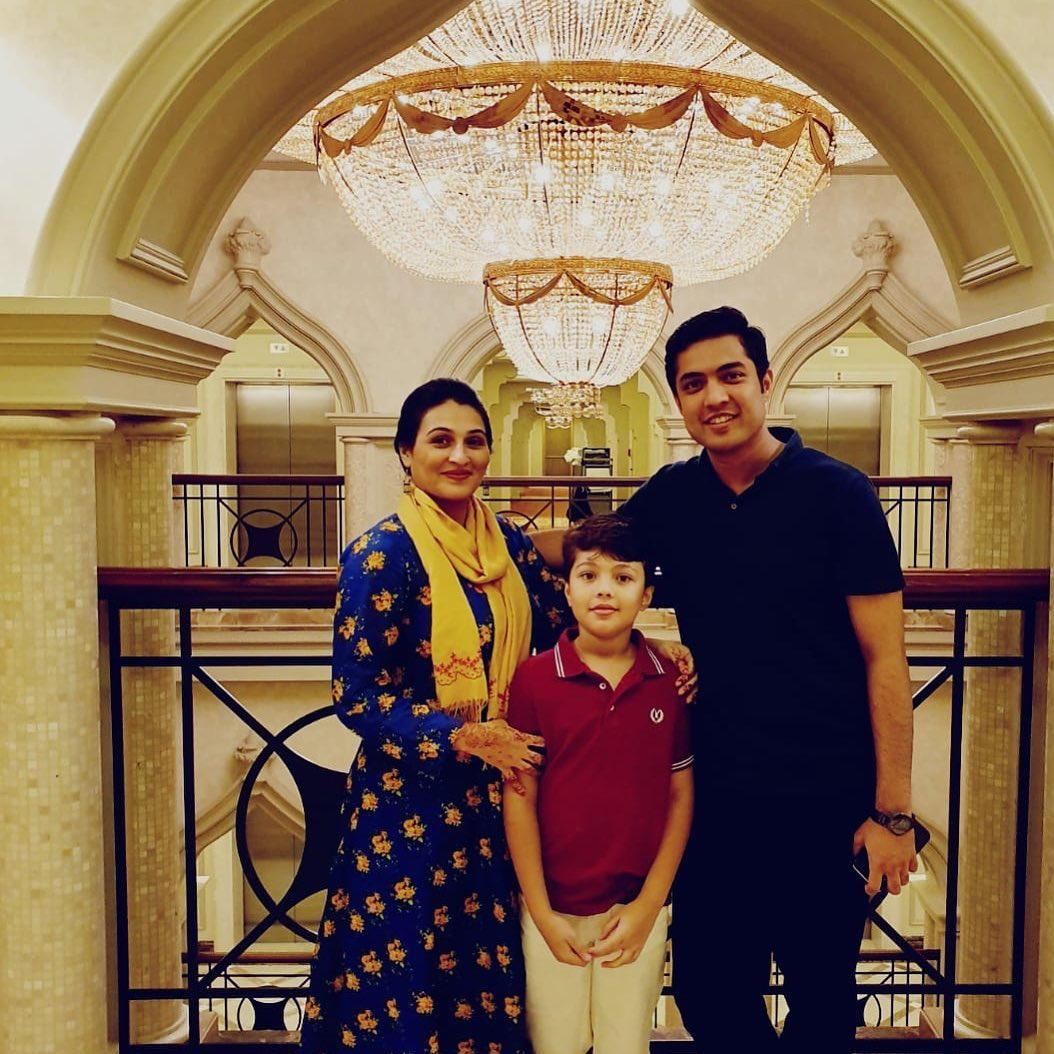 Ary Host Iqrar ul Hassan Celebrated Eid in Qatar with his Wife Qurat ul Ain