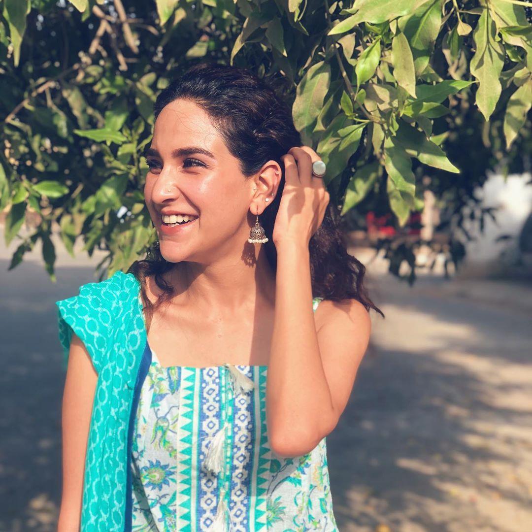 Awesome Clicks of Actress Anoushay Abbasi