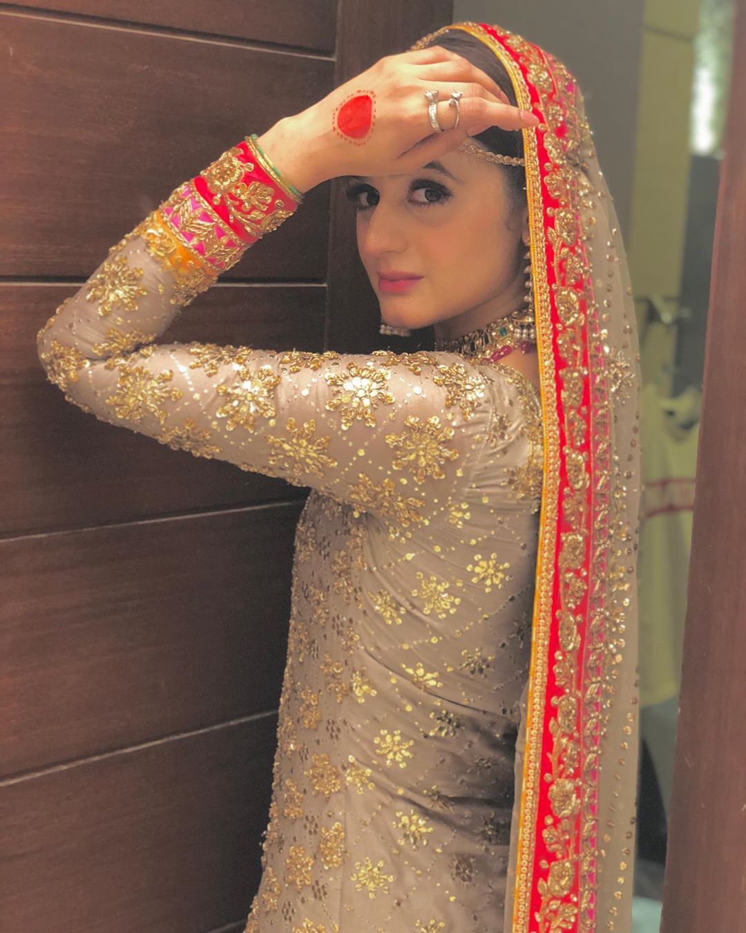 Popular Star Hira Mani Looking Awesome in Bridal Photoshoot