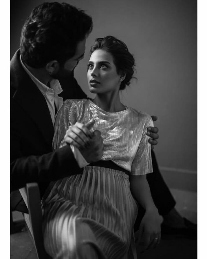 Newly Engaged Couple 👫 Yasir Hussain & Iqra Aziz New Photoshoot