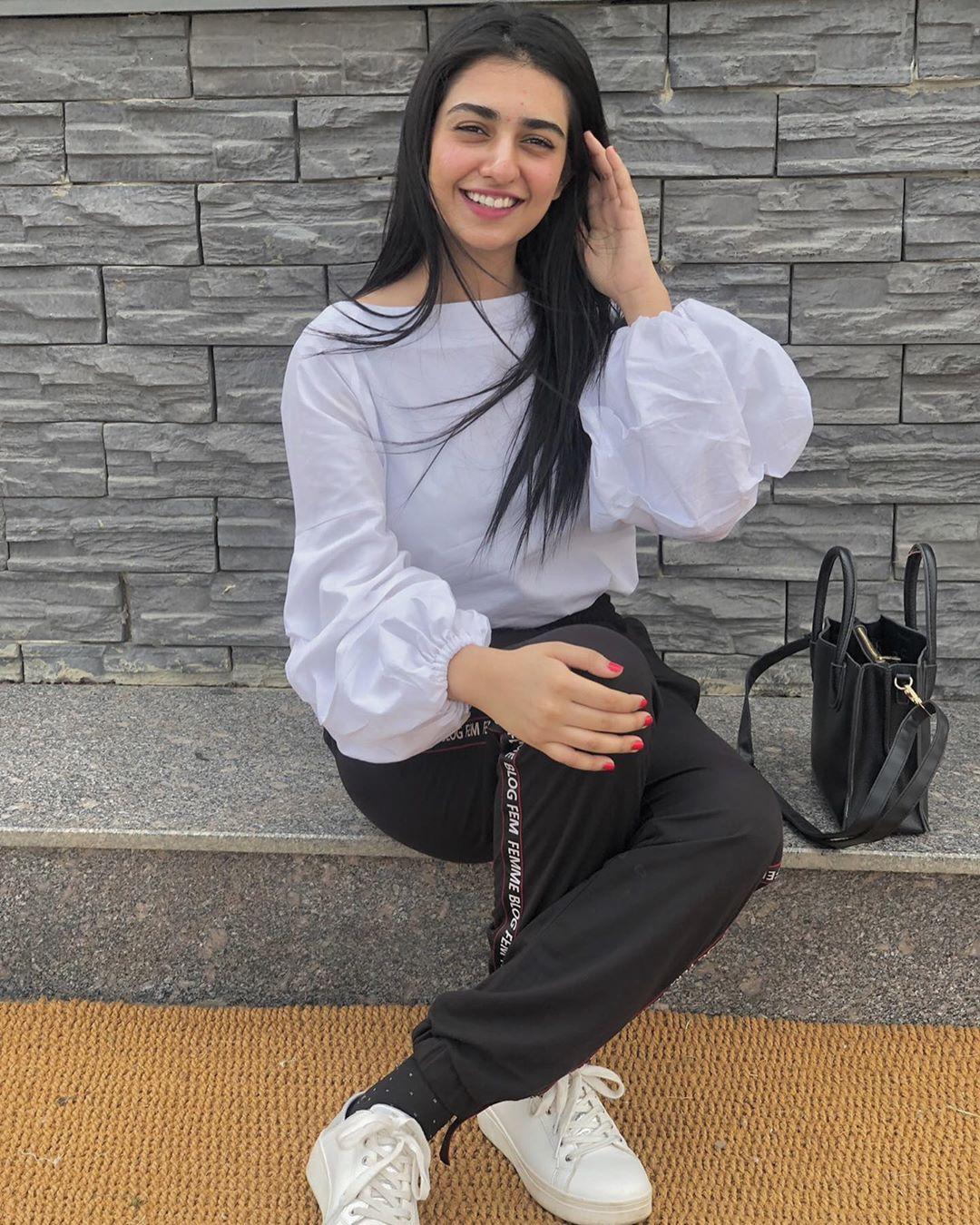 Gorgeous Sarah Khan Delightful Looks