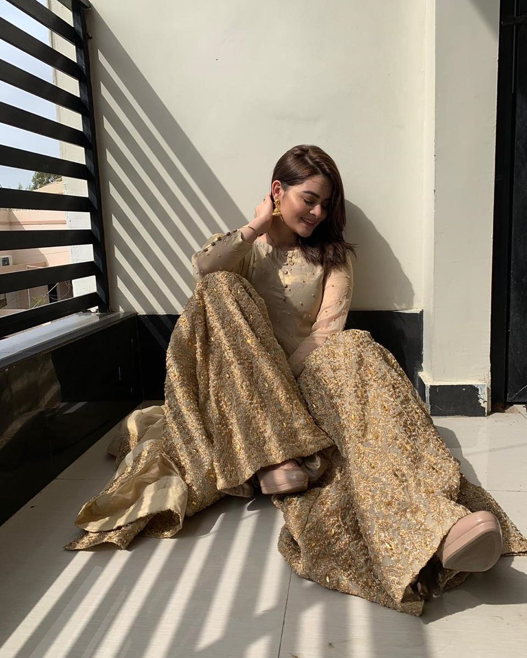 Minal Khan Shinning in Golden Dress