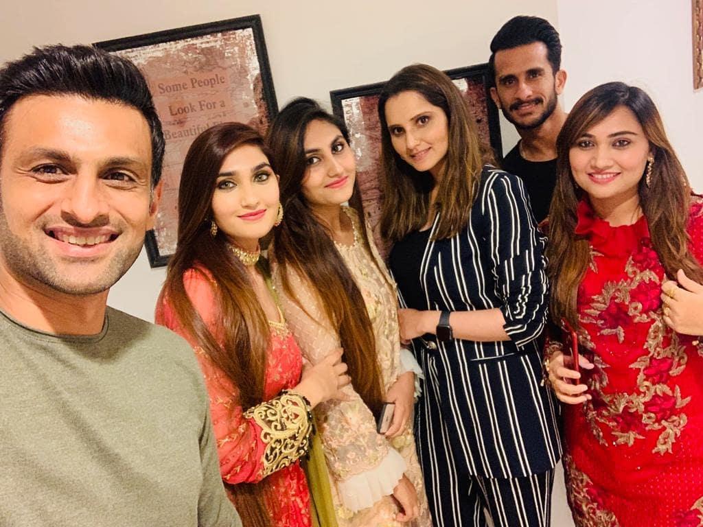 Hassan Ali with his Wife at Sania Mirza and Shoaib Malik Home in Dubai