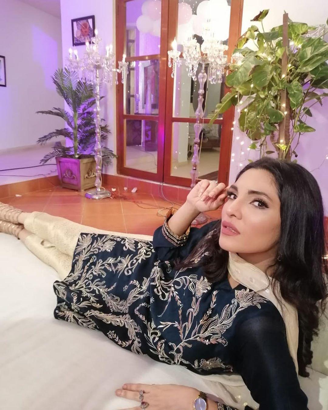 zhalay sarhadi 1