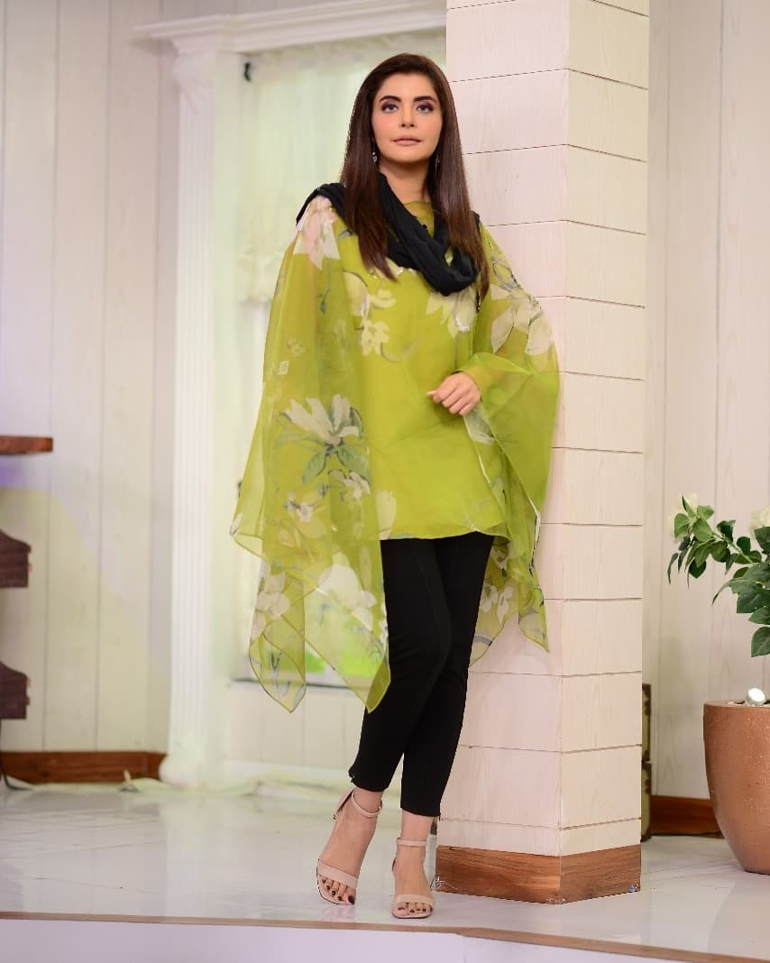 Latest Beautiful Clicks of Nida Yasir