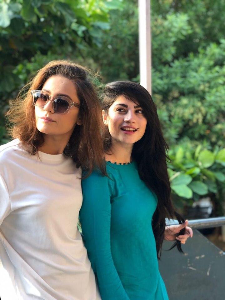 "Imran Ashraf and Neelum Muneer on the Set of their Drama ""Kahin Deep Jalay"""
