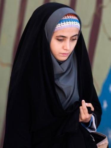Unique Iranian Hijab Styles 2020 Ideas