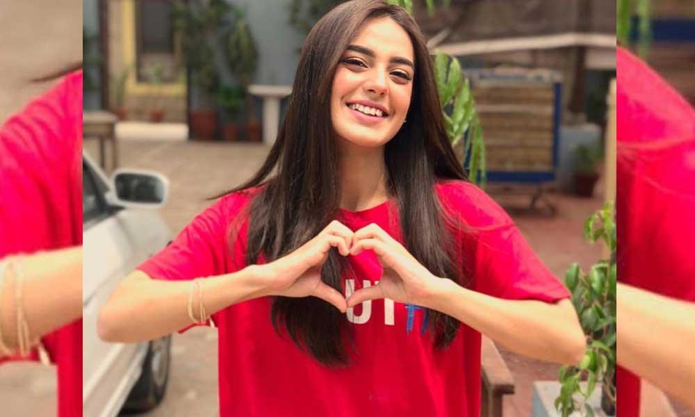 Iqra Aziz, The Suno Chanda Star Launched Her YouTube Channel